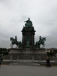 Maria Theresien Denkmal