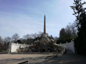 Obelisk-Brunnen