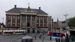 Grote Markt mit Rathaus