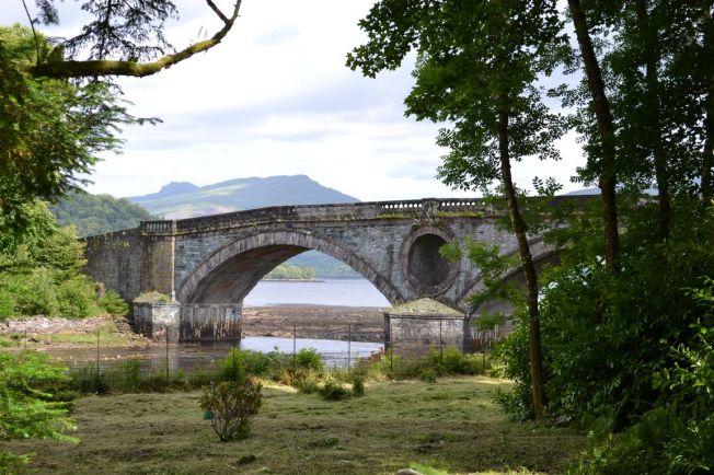 Brücke am Inveraray Castle
